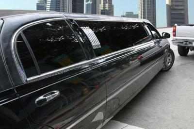 How to Choose the Best Limo Service for Your Prom Night