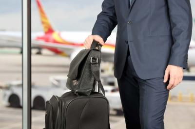 4 Benefits of Hiring Airport Transportation